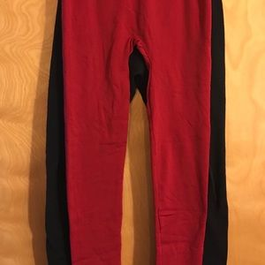 Thermal leggings by Forina. One Size. Black & Red.
